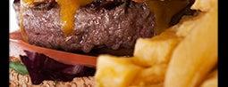 La Castanya Gourmet Burger is one of Sandwich, hamburguesas y otras cosas rápidas.