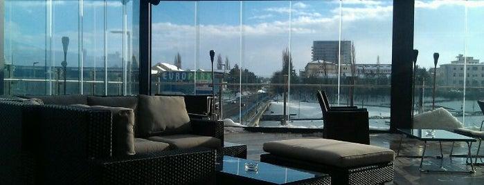Hotel City Kavarna Terasa is one of Mladina Konzum 1-3.