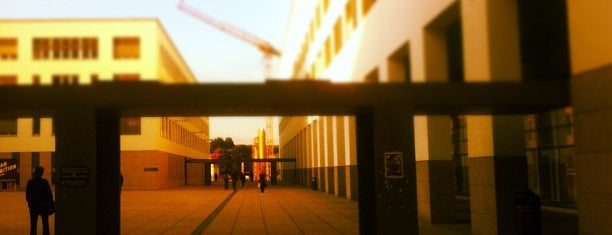 Bâtiment BM is one of Bâtiments EPFL.