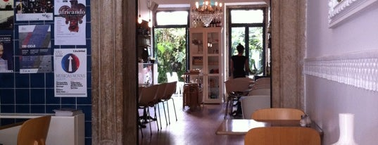 Royale Cafe is one of Brunch Lisboa 2013 [ex-2012].