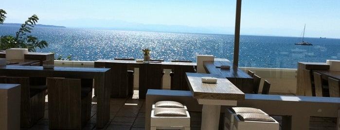 Mistral Seaside Bar is one of Η καλύτερη θέα! in Θεσσαλονίκη.