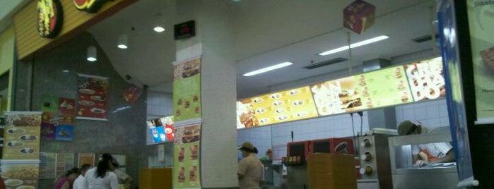Giraffas is one of Must-visit Food in Brasília.