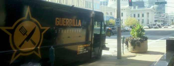 Guerrilla Street Food is one of Saint Louis Food Trucks.