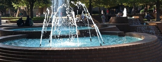 H2O Fountain is one of Pond hopping.