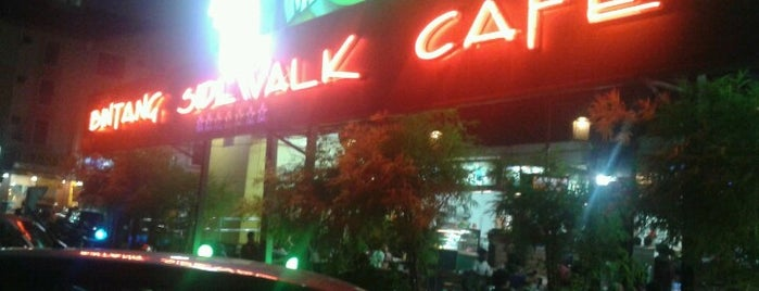Bintang Sidewalk Cafe is one of Must-visit Malaysian Restaurants in Shah Alam.
