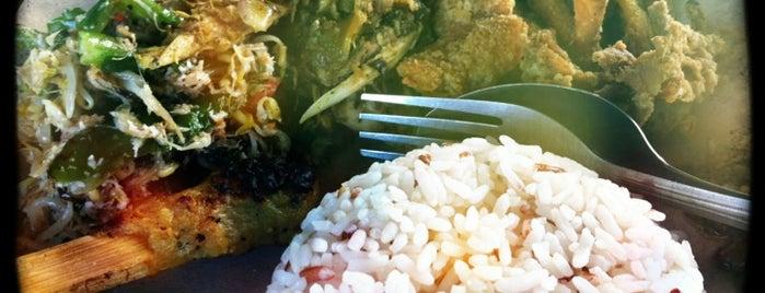 "Wr. Jepun Bali (Ayam/Bebek Betutu) special is one of Bali ""Jaan"" Culinary."