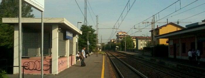 Stazione San Giuliano Milanese is one of Linee S e Passante Ferroviario di Milano.