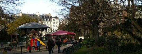 Square du Temple is one of เที่ยวช้อปปิ้ง Paris!.