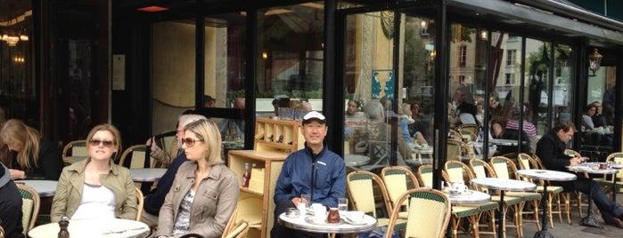 Les Deux Magots is one of เที่ยวช้อปปิ้ง Paris!.
