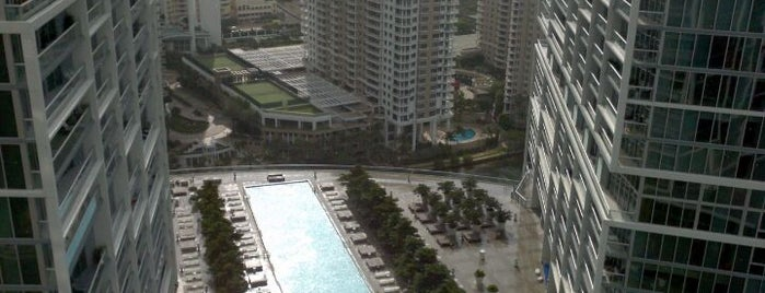 Viceroy Miami is one of Incredible Pools.