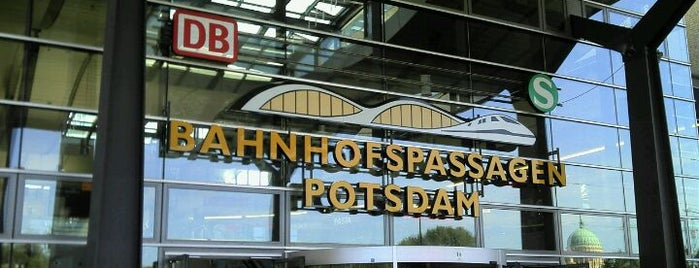 Potsdam Hauptbahnhof is one of Bahnhöfe DB.