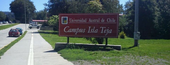 Universidad Austral de Chile - Campus Isla Teja is one of Valdivia.