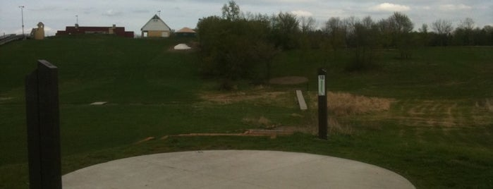 Elm Creek Park Reserve - Disc Golf Course is one of Doctor's Disc Destinations.