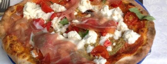 Alla Mostra is one of Mangiare e bere.