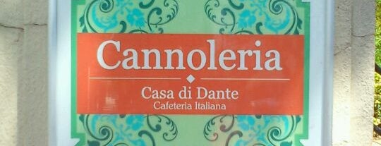Cannoleria Casa di Dante is one of Cafeteria.