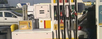 Shell De Lucht-Oost is one of Shell Tankstations.