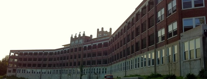 Waverly Hills Sanitorium is one of Best Places to Check out in United States Pt 2.