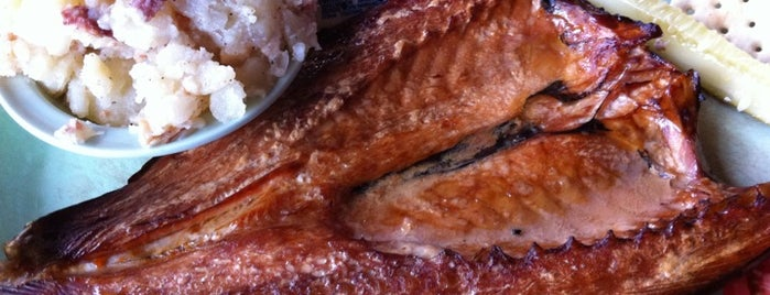 Twain 39 s favorite tampa bay restaurants for Ted peters smoked fish