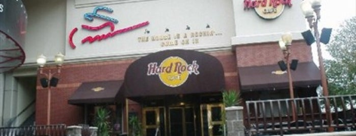 Hard Rock Cafe Houston is one of HARD ROCK CAFE'S.