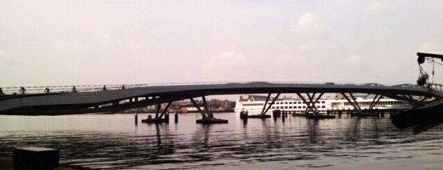Jan Schaeferbrug (Brug 2000) is one of Bridges in the Netherlands.