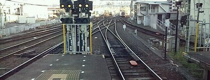 大和西大寺駅 (Yamato Saidaiji Sta.) (A26/B26) is one of 近鉄橿原線.