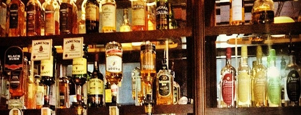 Fadó Irish Pub & Restaurant is one of Happy Hour in Seattle.