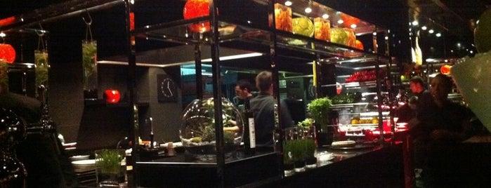 L'Atelier de Joël Robuchon is one of Restaurants.