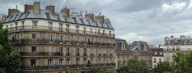 Saint-Germain-des-Prés is one of Shopping Paris.
