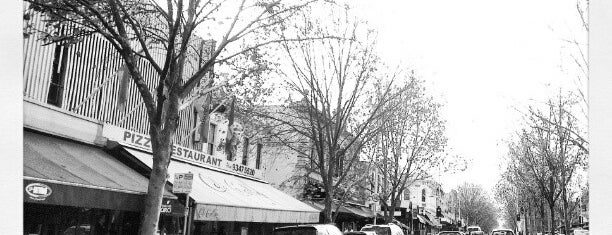 Lygon Street is one of Quintessential Melbourne.