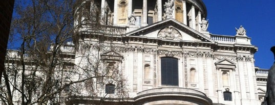 St Paul's Cathedral is one of Historic Tallest Buildings in the World.