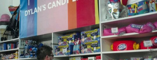 Dylan's Candy Bar Pop-Up Store is one of Things to C in NYC.