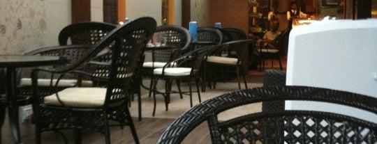 Creme & Crust is one of Khaana Peena in Bengaluru.