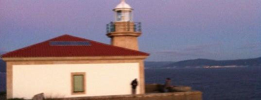 Faro de Louro is one of Costa da Morte en 2 días.