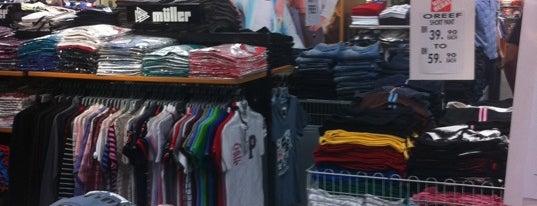 Plaza Tasek is one of Shopping Paradise.