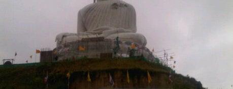 พระพุทธมิ่งมงคลเอกนาคคีรี (The Big Buddha) is one of Phuket, have to do.