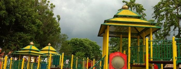 Taman Perbandaran Tengku Anis is one of Guide to Kota Bharu's best spots.