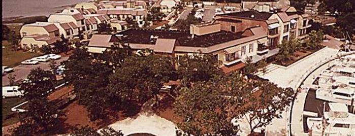 Hilton Head Island is one of Documerica.