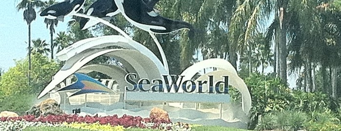 SeaWorld Orlando is one of Theme Parks With Mobile Sites/Apps.