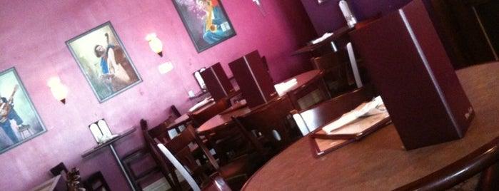 Brownstone's is one of Best Hattiesburg Dining.