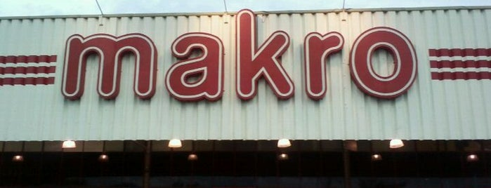 Makro Atacadista is one of Places I visit.