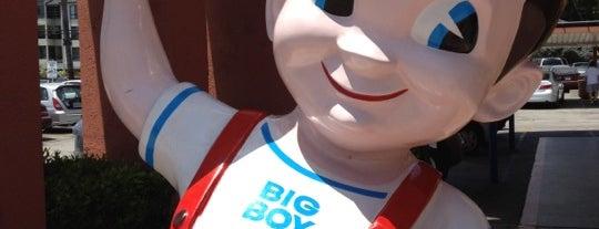 Bob's Big Boy is one of Olly Checks In Los Angeles.