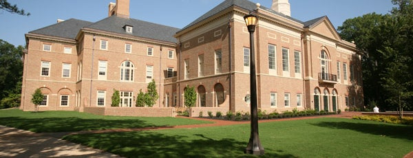 Mason School of Business (Miller Hall) is one of Academic Buildings.