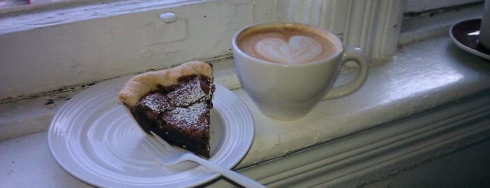 Noble Tree Coffee & Tea is one of @LincolnPark 5 TOP Coffee Shops.