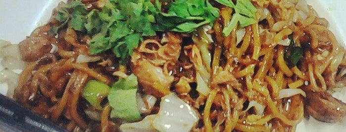 Mie Jogja Pak Karso is one of Kuliner Wajib @Surabaya.
