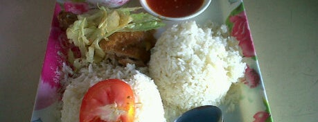 Restorent Begadang is one of Makan @ Pahang #1.