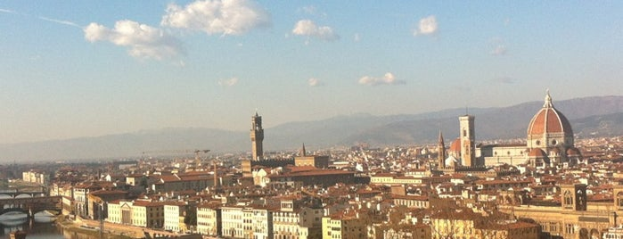 Piazzale Michelangelo is one of Firenze (Florence).