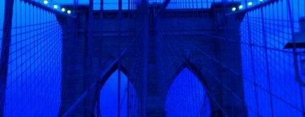 Brooklyn Bridge is one of Top 10 favorites places in New York.