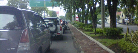 Jalan kertajaya is one of All-time favorites in Indonesia.