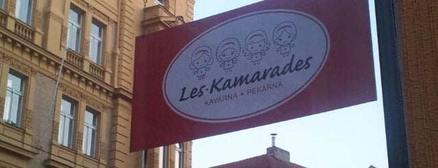 Les Kamarades is one of List.