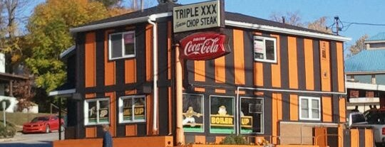 Triple XXX Family Restaurant is one of Purdue Graduate Bucket List.
